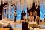 Bố mẹ Phan Thành - Xuân Thảo cùng lộ diện trong đêm, tập dượt chuẩn bị đám cưới con