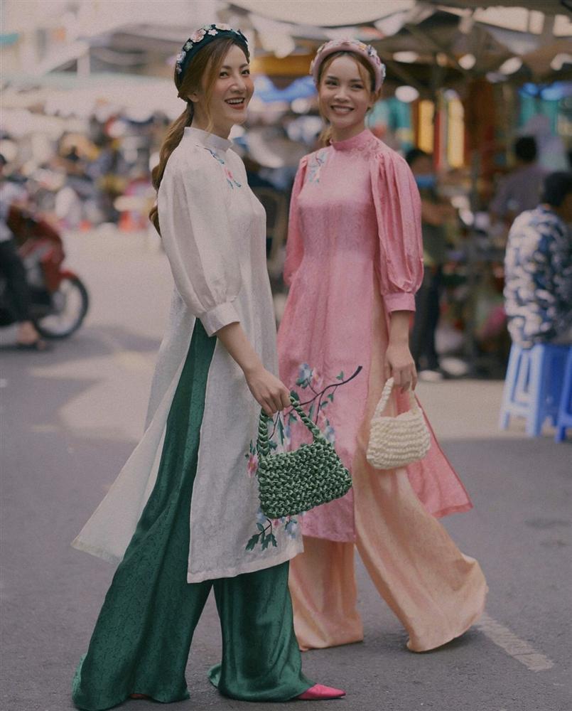 Học lỏm chị chị em em Vbiz chiêu diện áo dài ton-sur-ton-3