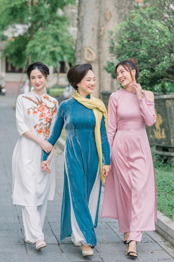 Học lỏm chị chị em em Vbiz chiêu diện áo dài ton-sur-ton-10