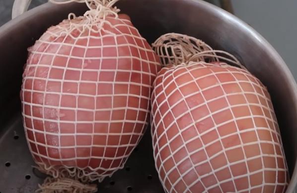 Chán gà luộc thì lưu lại ngay cách làm giò dăm bông thịt nguội ăn trong ngày Tết-5
