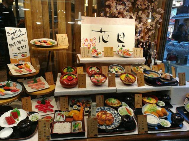 Những hình ảnh độc đáo khiến du khách mắt chữ o mồm chữ a khi đến Nhật Bản-3