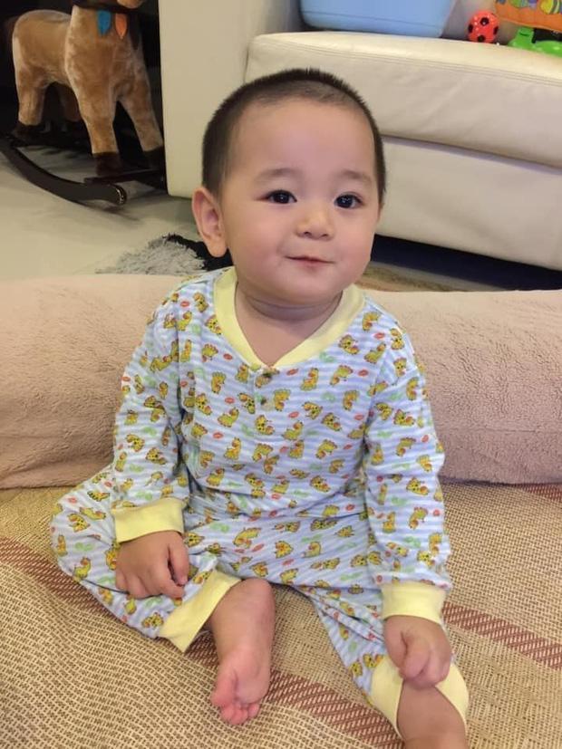 Loạt ảnh hành trình lớn khôn của con trai Trà My Idol khiến ai nhìn cũng tấm tắc: Đẹp trai cực phẩm từ bé-4