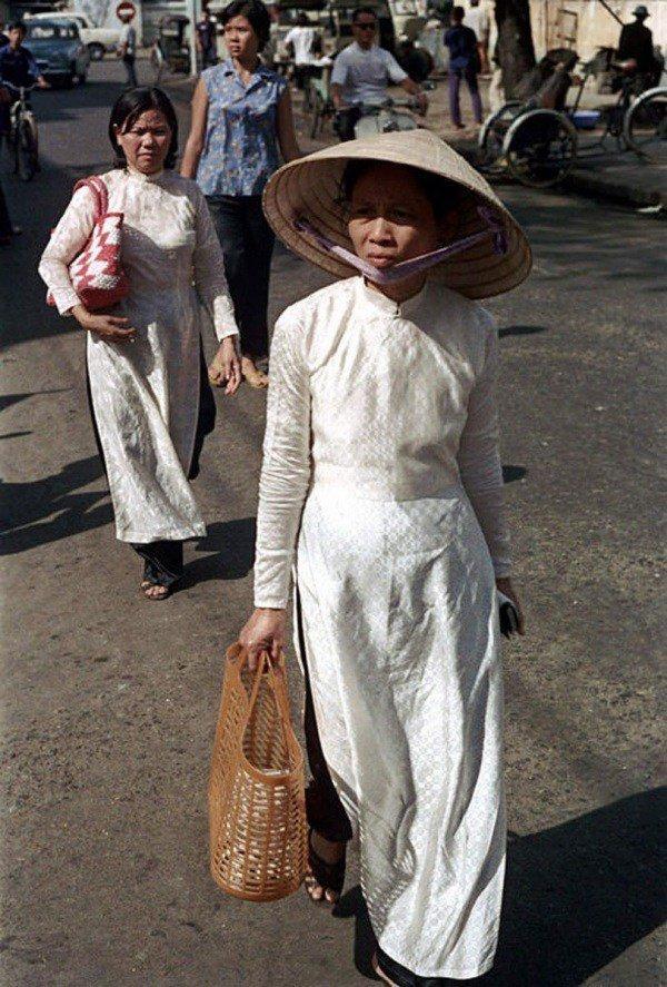 Muôn kiểu phụ kiện mix cùng áo dài Tết được sao Việt lăng xê nhiệt tình-2