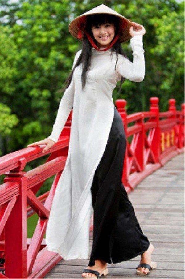Muôn kiểu phụ kiện mix cùng áo dài Tết được sao Việt lăng xê nhiệt tình-6
