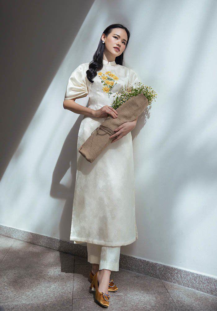 Muôn kiểu phụ kiện mix cùng áo dài Tết được sao Việt lăng xê nhiệt tình-8
