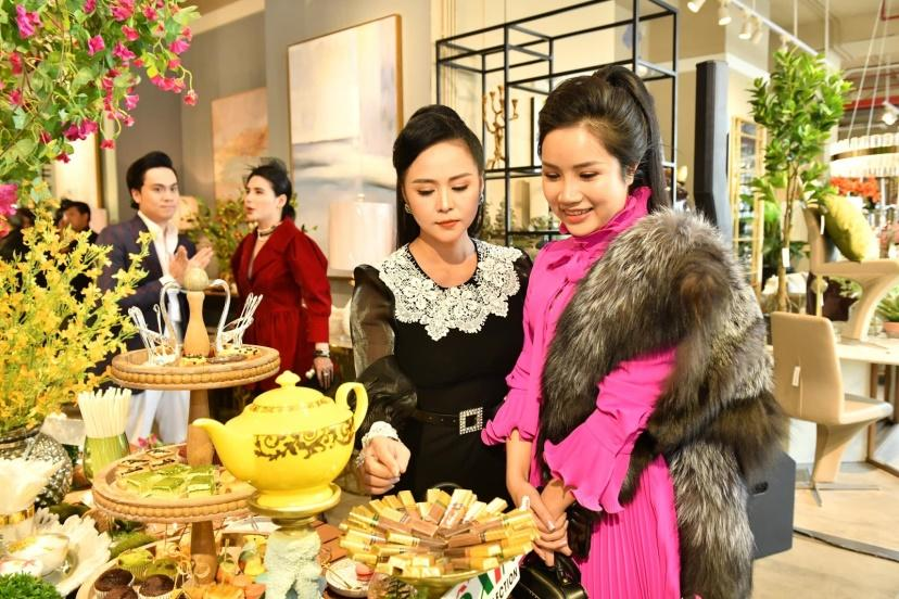 Doanh nhân Đỗ Hương Ly thanh lịch dự tiệc Năm mới của Phố Xinh-3