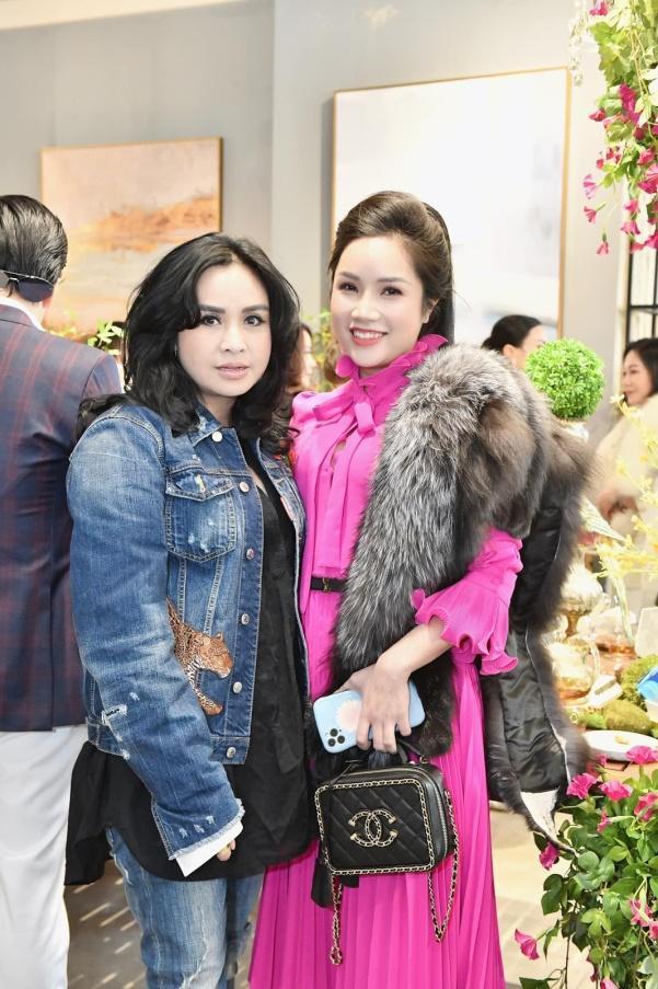 Doanh nhân Đỗ Hương Ly thanh lịch dự tiệc Năm mới của Phố Xinh-5