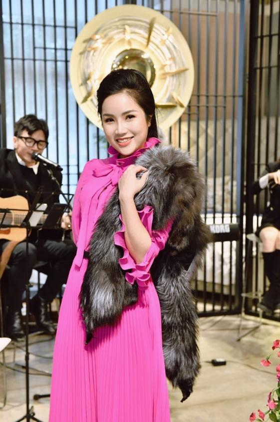 Doanh nhân Đỗ Hương Ly thanh lịch dự tiệc Năm mới của Phố Xinh-8