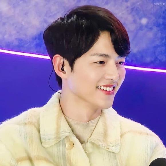 Hình ảnh đối lập của Song Joong Ki: Lúc phờ phạc, khi lại béo trắng có cả nọng cằm-5