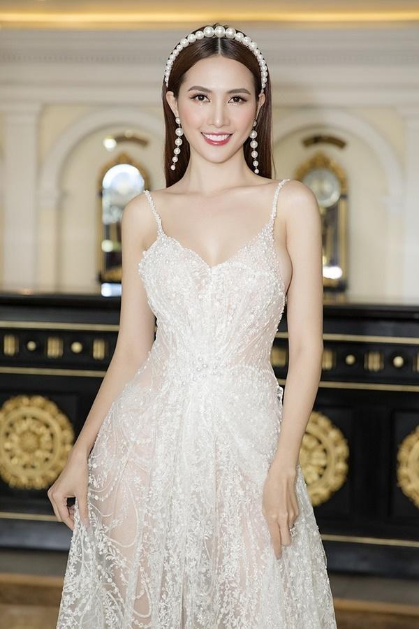 Hoa hậu Việt đóng cảnh nóng: người bị chê rẻ tiền, người được khen nghệ thuật-1