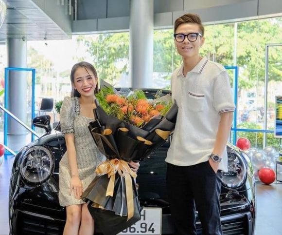 Cận Tết, con gái Minh Nhựa chơi lớn tậu siêu xe hơn 7 tỷ đồng-2