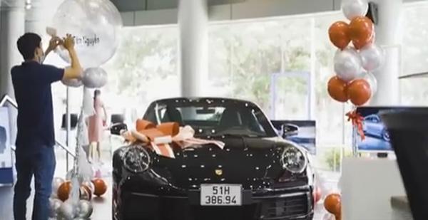 Cận Tết, con gái Minh Nhựa chơi lớn tậu siêu xe hơn 7 tỷ đồng-3