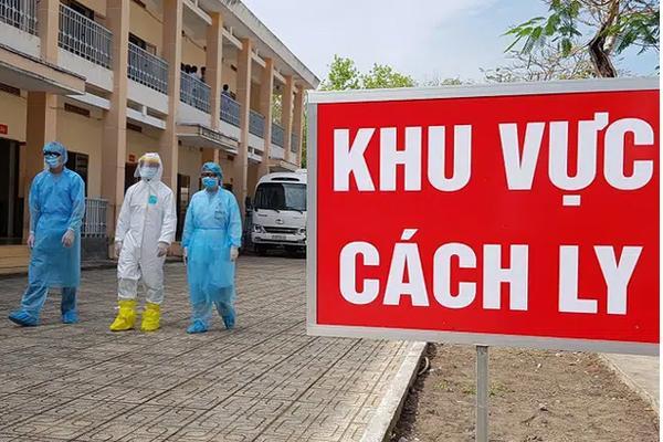 Nam sinh viên trường FPT đi xe máy từ Hà Nội về Nghệ An lên cơn sốt, ho nghi mắc Covid-19-1