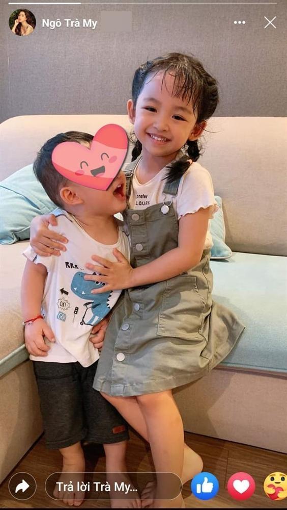 Quý tử hơn 1 tuổi nhà Á hậu Thanh Tú lớn ngang cô bé 5 tuổi-2