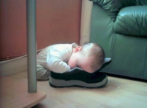 1001 kiểu ngủ đáng yêu của lũ trẻ khiến cha mẹ phải thốt lên: Chẳng bù cho lúc quậy phá-3