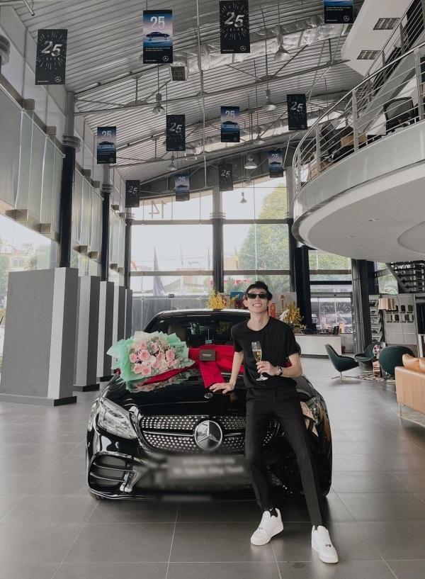 Sao Việt vung tiền tỷ sắm siêu xe trước thềm Tết Nguyên Đán-3