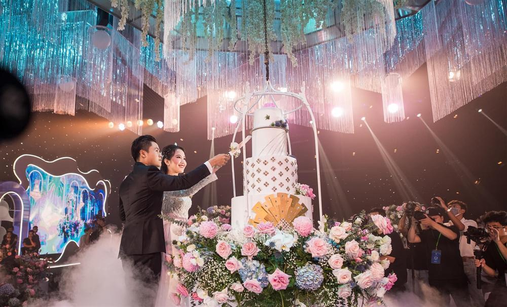 Phan Thành tung clip toàn cảnh siêu đám cưới 20 tỷ-1