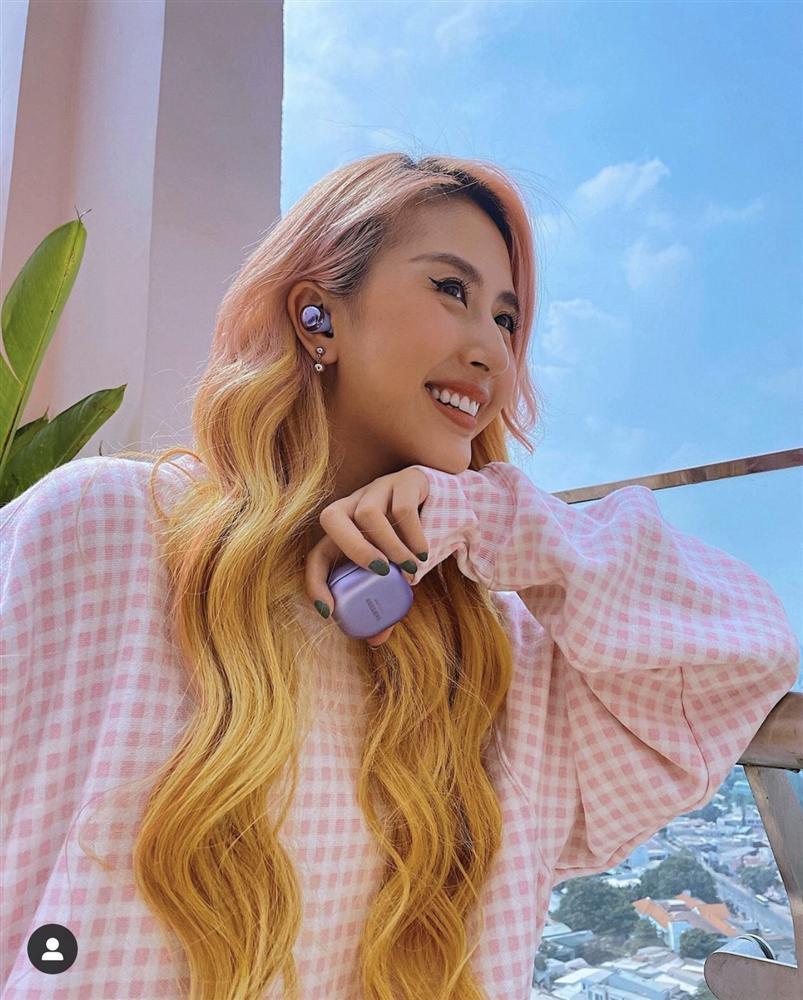 Quỳnh Anh Shyn đảo ngói đón Tết, netizen kêu trời vì tóc xơ như chổi xể-1