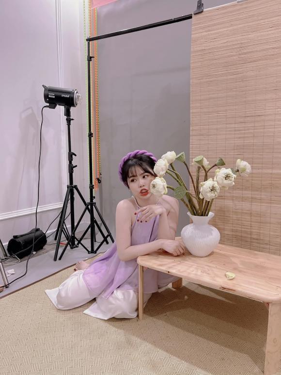 Chụp ảnh áo yếm bị chê bai, tình cũ Quang Hải phản ứng đầy cam chịu-1