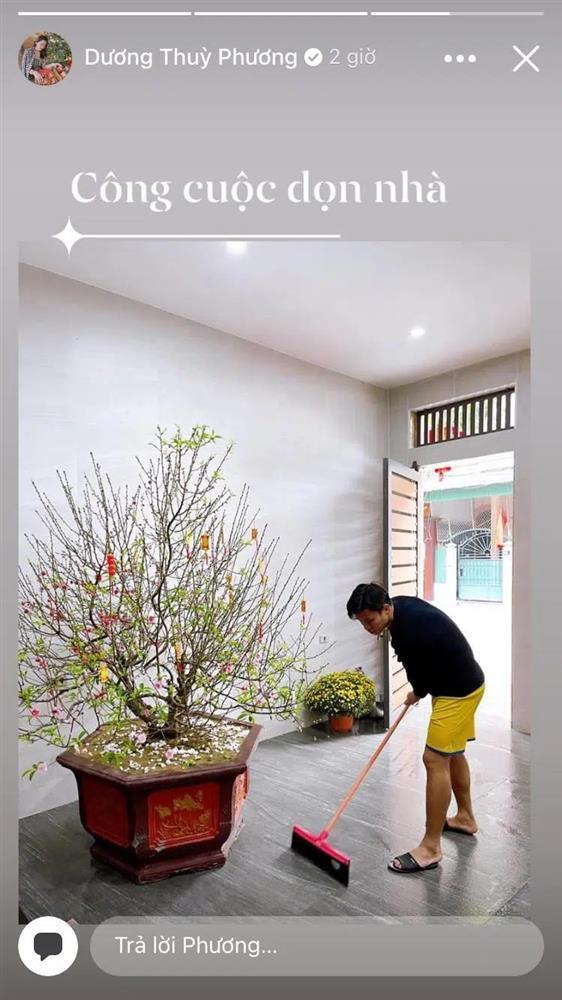 KOLs chuẩn bị Tết: Hoàng Linh dọn nhà vệ sinh, Quang Hải chỉnh ảnh sống ảo-6