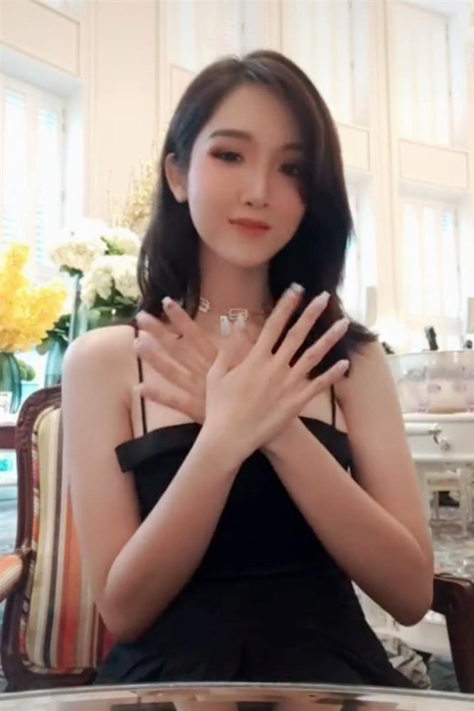 Đỗ Nhật Hà từ được thích trở thành bị ghét khi cover bài hát nhảm của Phí Phương Anh-2