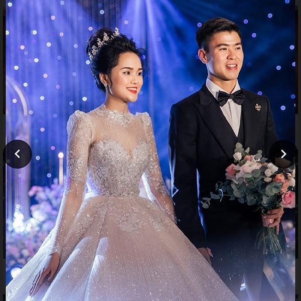 Kỷ niệm 1 năm ngày cưới, Duy Mạnh đăng lại khoảnh khắc cùng vợ trong 'hôn lễ thế kỷ', không quên than thở điều này!-1