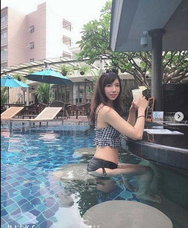 Cô đào đóng Phan Kim Liên lẳng lơ, sống ổn định nhờ công việc tại quán bar-9