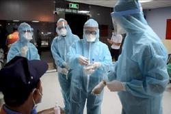 Thêm 2 mẹ con nghi nhiễm Covid-19 tại TP.HCM liên quan đến sân bay Tân Sơn Nhất