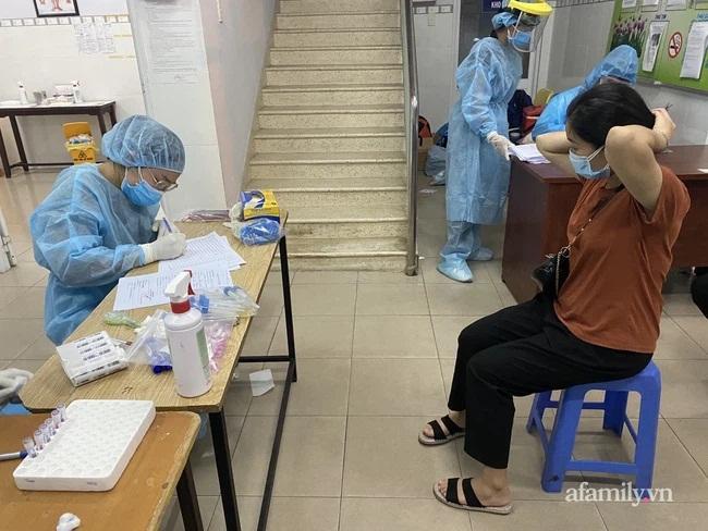 TP.HCM phong tỏa khu vực nơi ở của 2 mẹ con nghi nhiễm COVID-19 vừa phát hiện-2