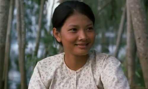 Sao Việt đóng phim cùng trâu: Kiều Trinh nơm nớp lo sợ, Hùng Thuận bị hất tung-2