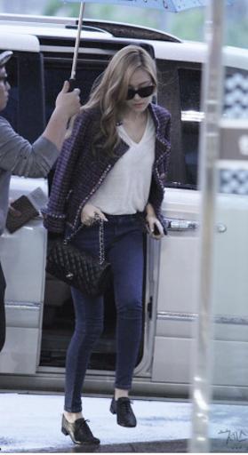 Tìm cả Kbiz, đố ai qua được thời trang sân bay của Jessica: Gần chục năm nhìn lại vẫn trendy-4