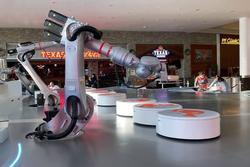 Tiệm cà phê tự động hóa đầu tiên trên thế giới