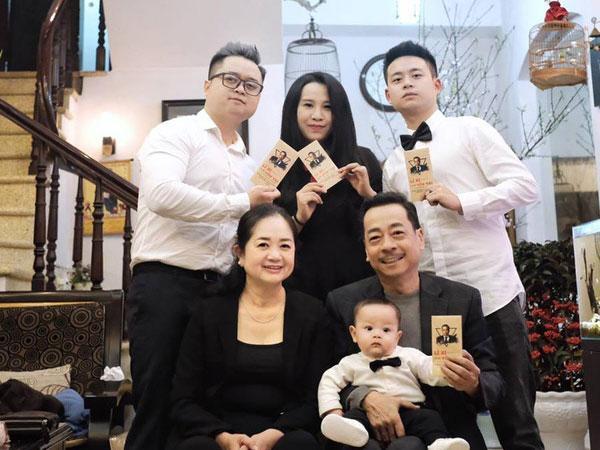 Cuộc đời cố NSND Hoàng Dũng: Ông trùm điện ảnh Việt, nhưng ở nhà tất bật giúp vợ con-2