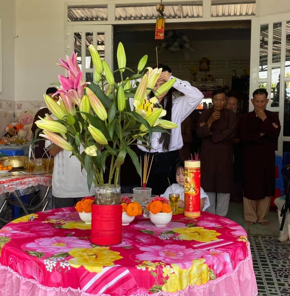 49 ngày mất Vân Quang Long, vợ hai quyết định làm từ thiện-2