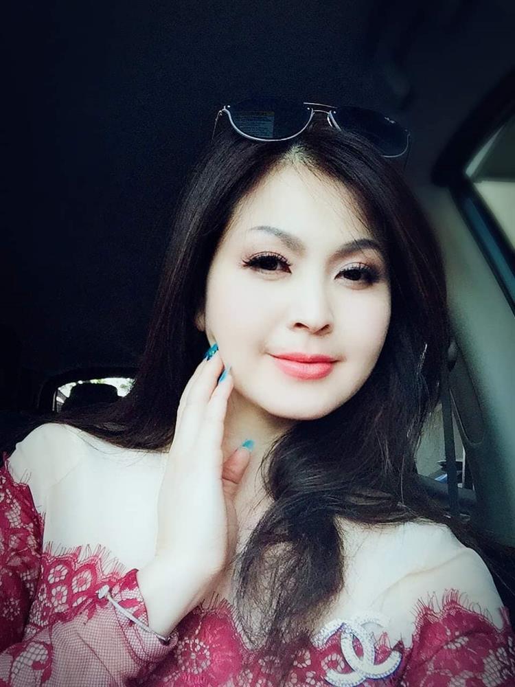 Diễn viên Yến Vy ra sao sau 16 năm trốn showbiz Việt sang Mỹ vì clip nhạy cảm?-3