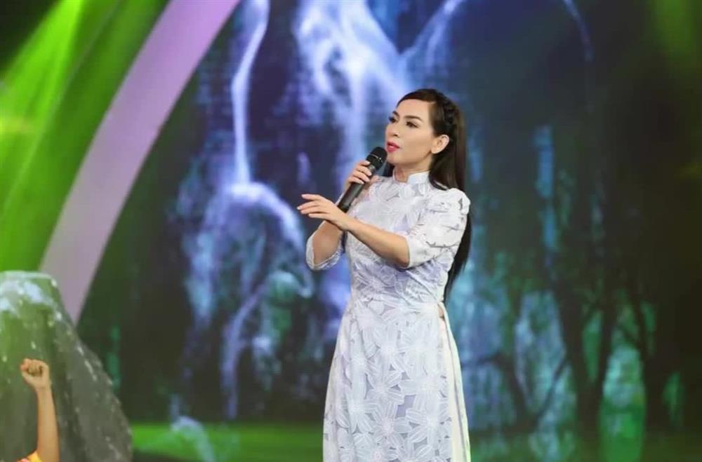 Cát-xê diễn show Tết của ca sĩ Việt chỉ bằng 1/3 ngày thường-2