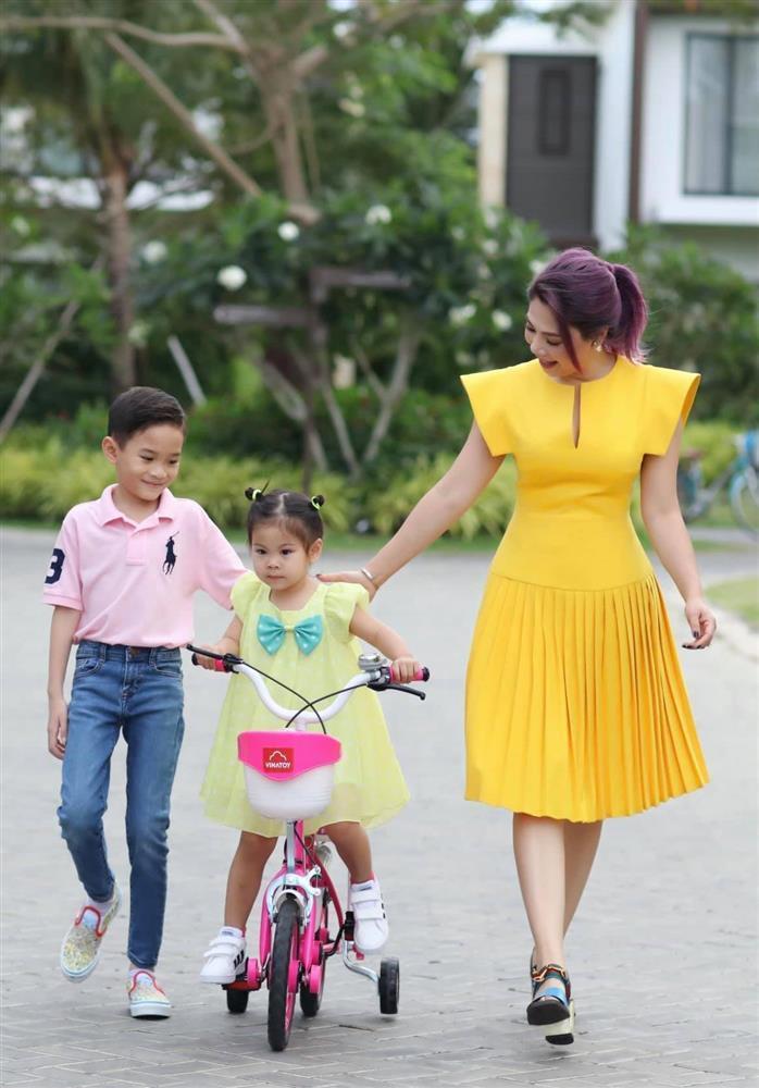 Những ngày về Việt Nam của con trai Ngô Kiến Huy-5
