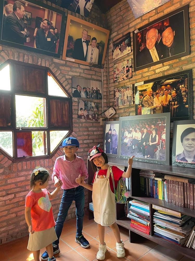 Những ngày về Việt Nam của con trai Ngô Kiến Huy-14