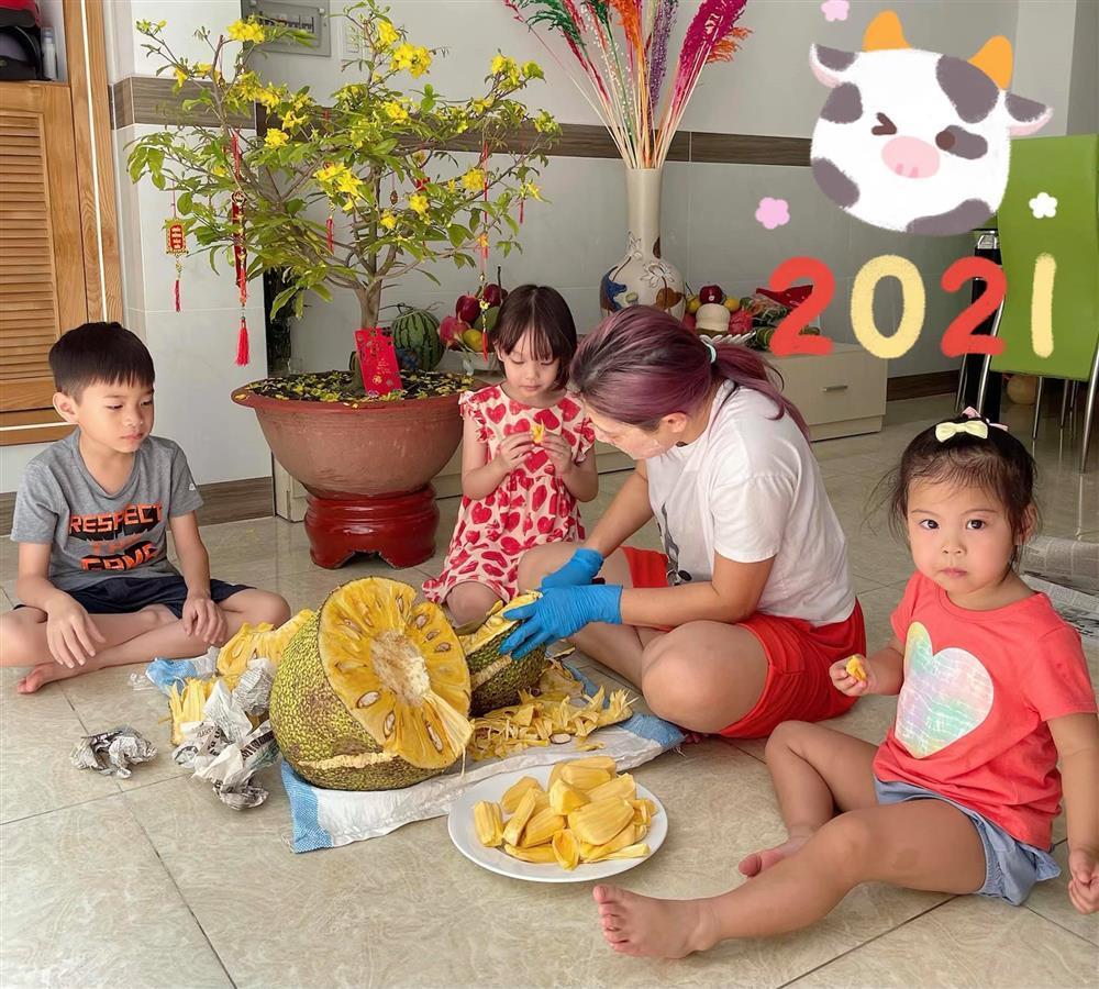 Những ngày về Việt Nam của con trai Ngô Kiến Huy-7