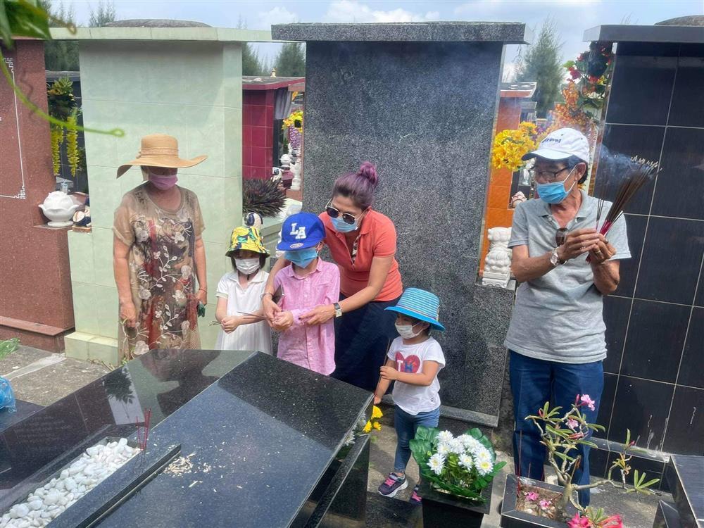 Những ngày về Việt Nam của con trai Ngô Kiến Huy-6