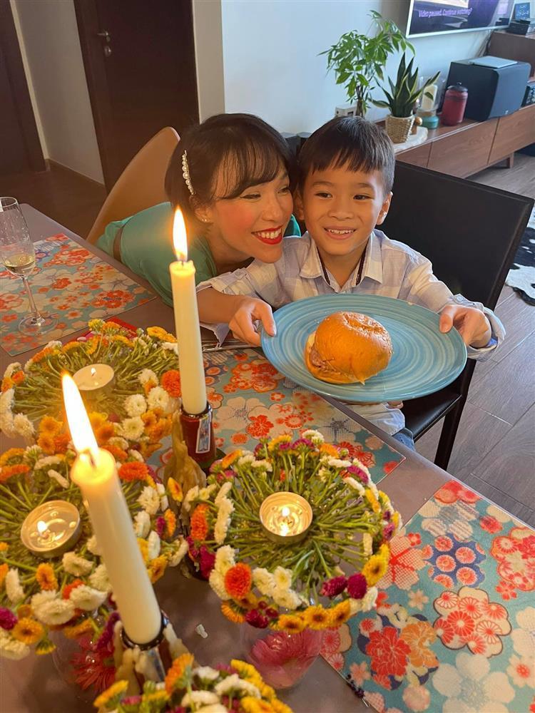 Những ngày về Việt Nam của con trai Ngô Kiến Huy-12