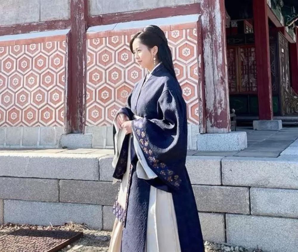 Em gái quốc dân Kim So Hyun bị netizen xứ Trung ném đá vì ăn cắp trắng trợn-2
