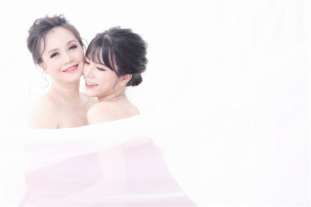 Cuộc đời 2 con gái xinh đẹp của cô Xuyến Hoàng Yến-4