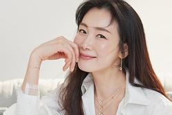 Hôn nhân của Choi Ji Woo và chồng kém tuổi