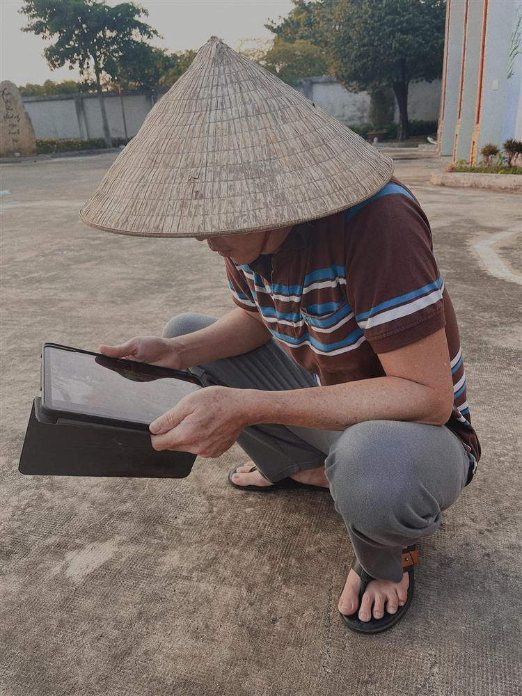 Phản ứng bất ngờ của Nam Thư khi bị nói nịnh bợ Hoài Linh-2