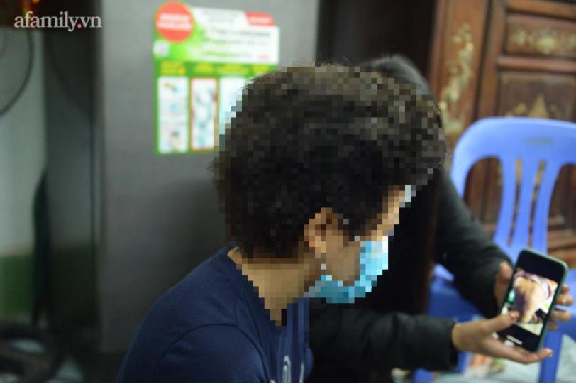 Xót xa bố đẻ bé gái 12 tuổi nghi bị mẹ và người tình bạo hành dã man ở Hà Nội-5