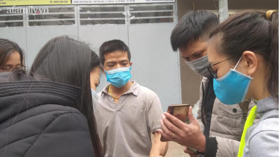 Xót xa bố đẻ bé gái 12 tuổi nghi bị mẹ và người tình bạo hành dã man ở Hà Nội-6