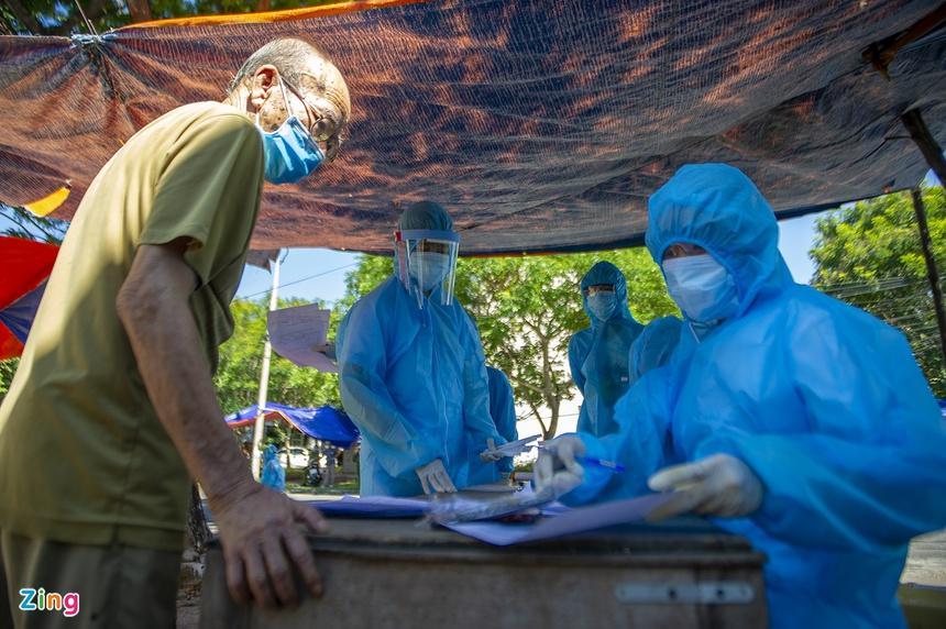 Lý do Việt Nam xét nghiệm Covid-19 rộng trong cộng đồng-2
