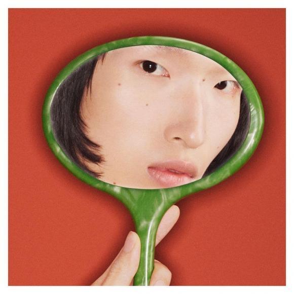 Gucci bị tố ăn cắp ý tưởng nghệ sĩ Việt, nhìn ảnh gốc mới thấy hàng fake quá phèn-7