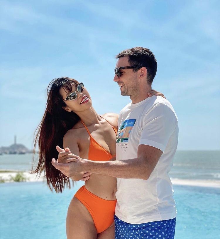 Đầu năm, Hà Hồ - Chi Pu cùng mỹ nhân Việt đồng loạt đọ dáng với bikini-5